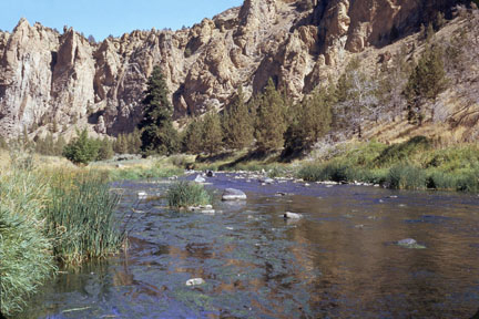 Crooked River at Smith Rocks State Park, Oregon